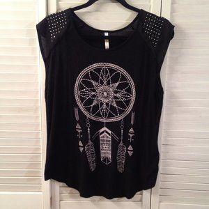 Ocasion XL Black Studded Native American T-Shirt